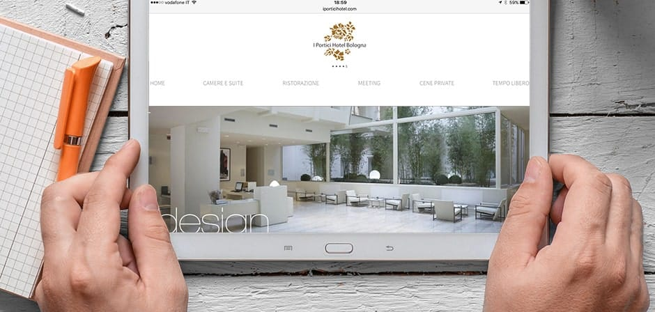 mobile web hotel